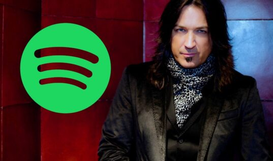 Stryper's Michael Sweet Says He Can't Wait Until Spotify Is No More